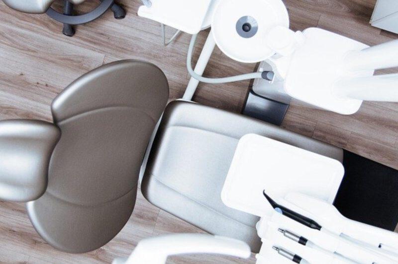 Zastosowanie stomatologicznego lasera diodowego